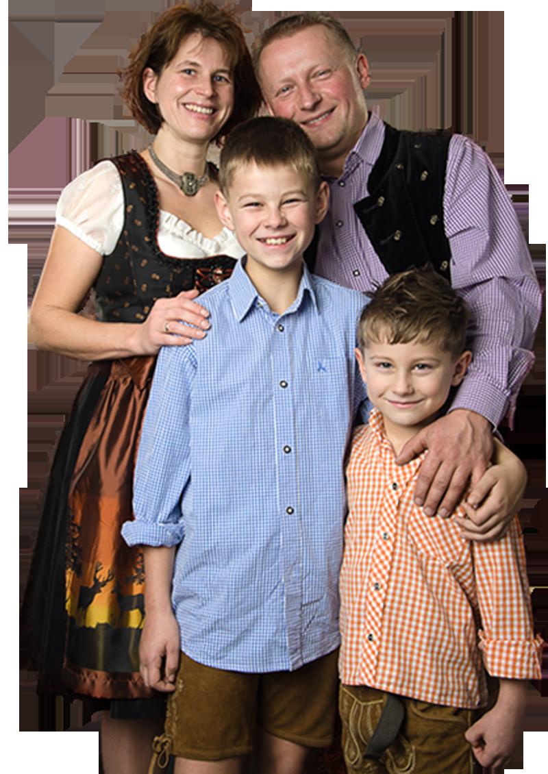 Familie Fischer, Ihr Team von Pension Gästehaus Fischer in Erding!